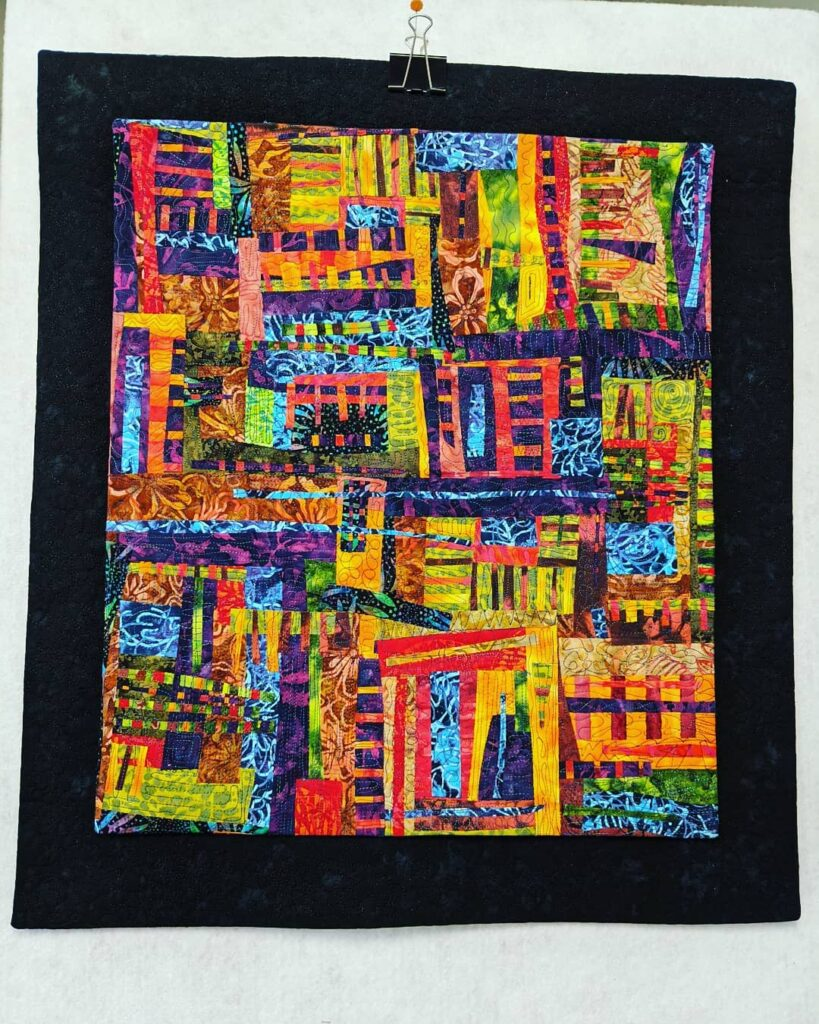 My Fantastic Fusion piece is finished! This is the result of a zoom workshop, last October, with Lisa Walton, from Australia. The workshop was sponsored by the Mahone Bay Quilt